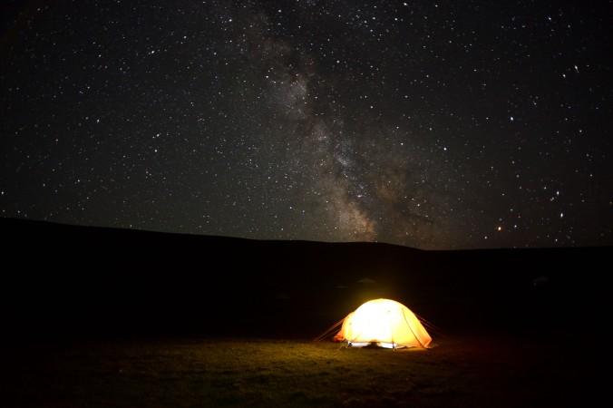 mongolia-night-sky-tent-milkyway-thegeneralist1